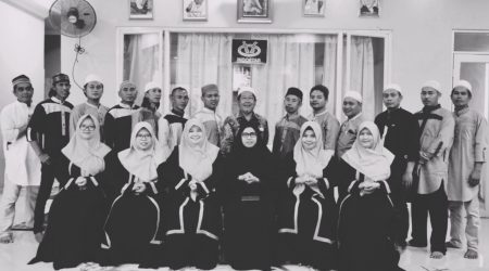 Foto Bersama Karyawan Indostar